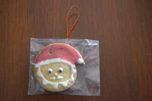 Galleta de Papa Noel decorada con glasa