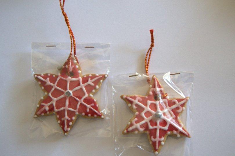 Galletas De Estrellas De Navidad Con Glasa Dulces