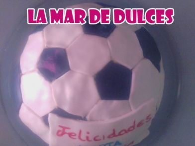 Tarta fondant de balón de fútbol Chiclana