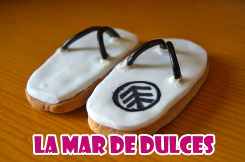 Galletas fondant de chanclas de playa