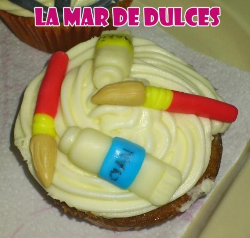 Cupcakes de chocolate blanco variados