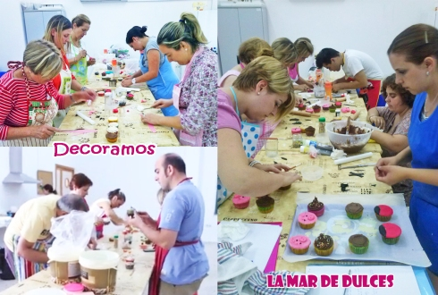 Decorando los cupcakes