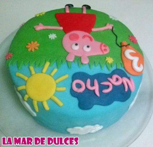 Tarta fondant de Peppa Pig Sevilla