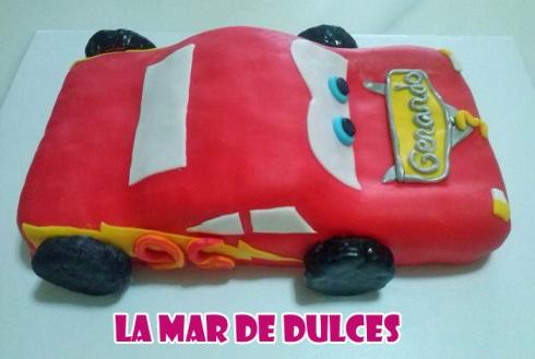 Tarta fondant de Rayo McQueen Sevilla película Cars