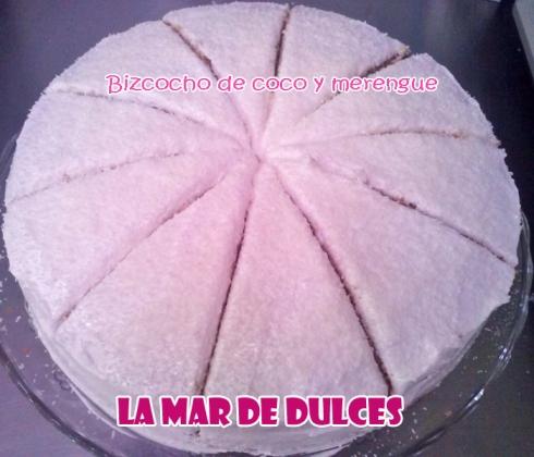 Bizcocho de coco con merengue y coco rallado