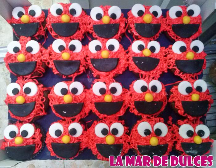 Cupcakes de monstruo rojo para comunión Sevilla