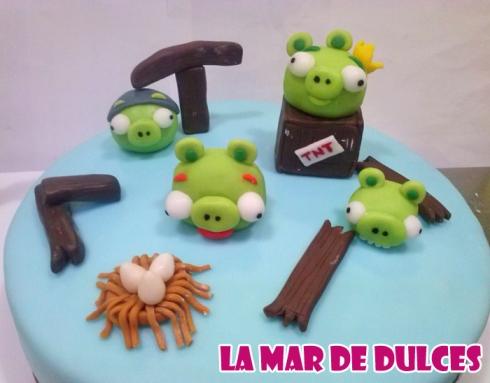 Tarta fondant de los Angry Birds Sevilla