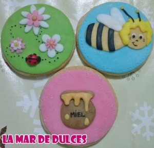 Galletas decoradas de la Abeja Maya