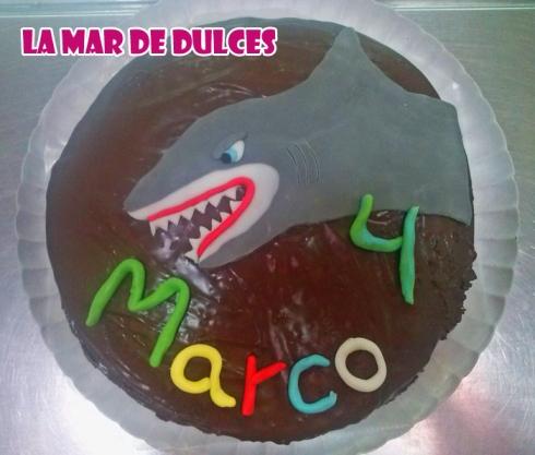 Tarta tiburón fondant Sevilla