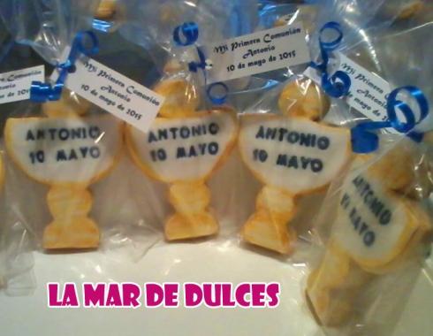 Galletas decoradas de cáliz para Comunión Sevilla