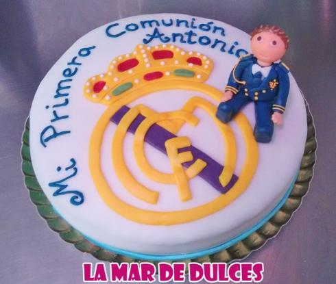 Tarta fondant del Real Madrid para Comunión Sevilla