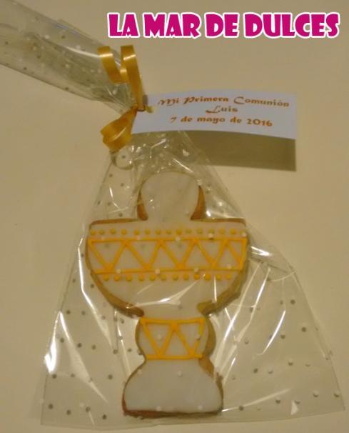 Galletas decoradas de cáliz para comunión