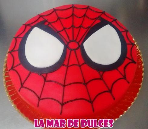Tarta fondant de Spiderman Sevilla